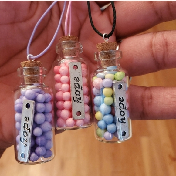 """""""Hope"""" message in a bottle necklace"""
